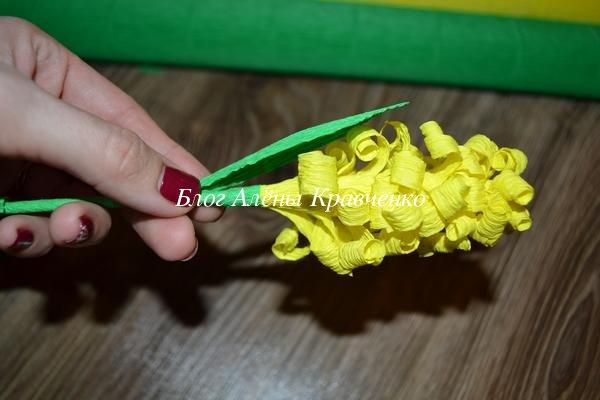 Гиацинты из гофрированной бумаги своими руками