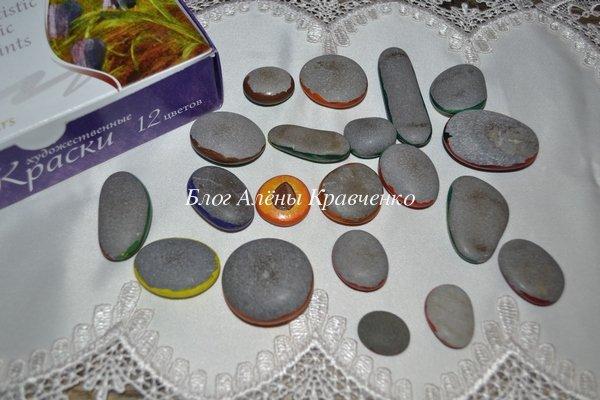 Рисунки на камнях акриловыми красками