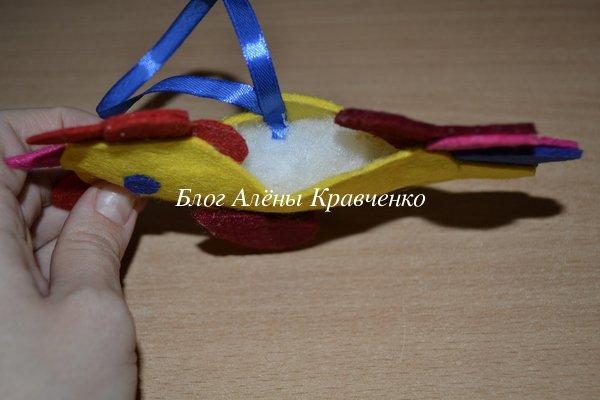 Елочная игрушка петух из фетра