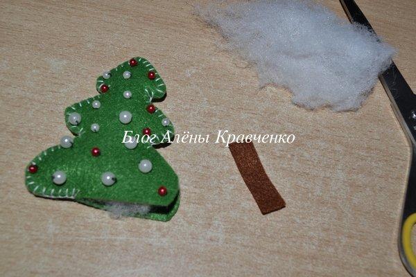 Игрушка на елку из фетра елочка