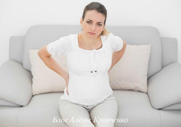 Болит спина у женщин