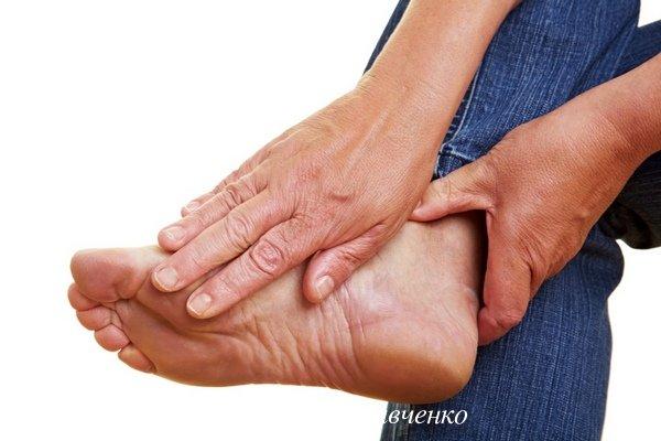 Судороги пальцев ног