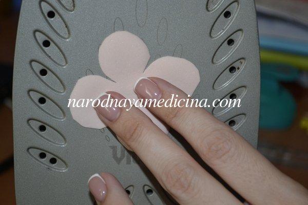 Резинки для волос с цветами из фоамирана