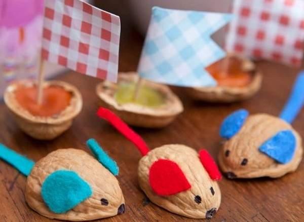 Поделки из грецкого ореха мышки