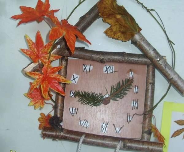 Часы из листьев