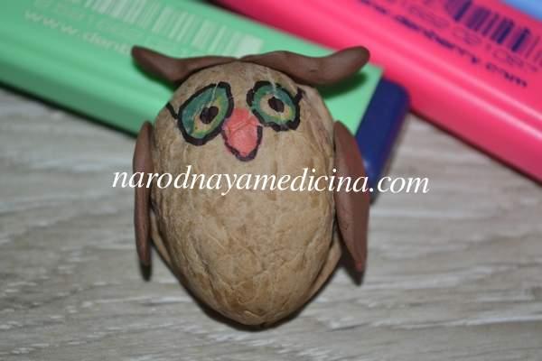 Поделки из скорлупы грецкого ореха сова