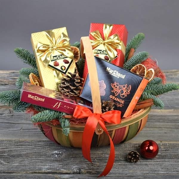 Подарки для школьника на Новый год