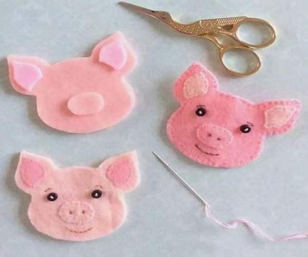 Свинка из фетра