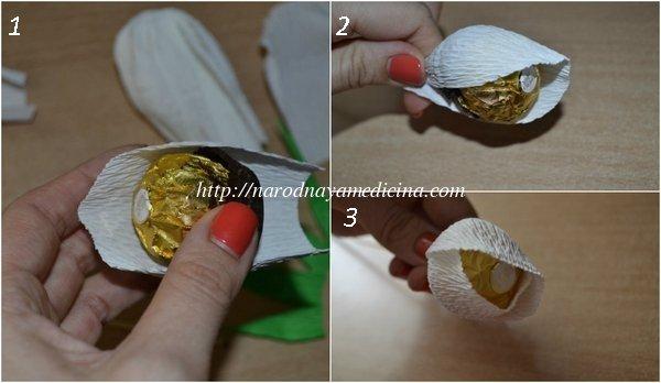 английская роза из конфет и гофрированной бумаги МК