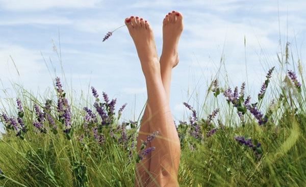 Очень сильно потеют ноги и пахнут что делать