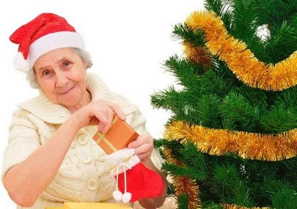Подарок бабушке на Новый год 2019