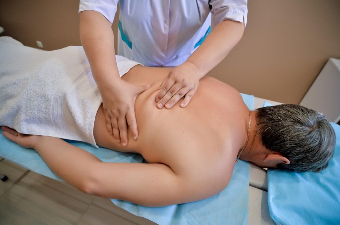 Особенности мануальной терапии позвоночника